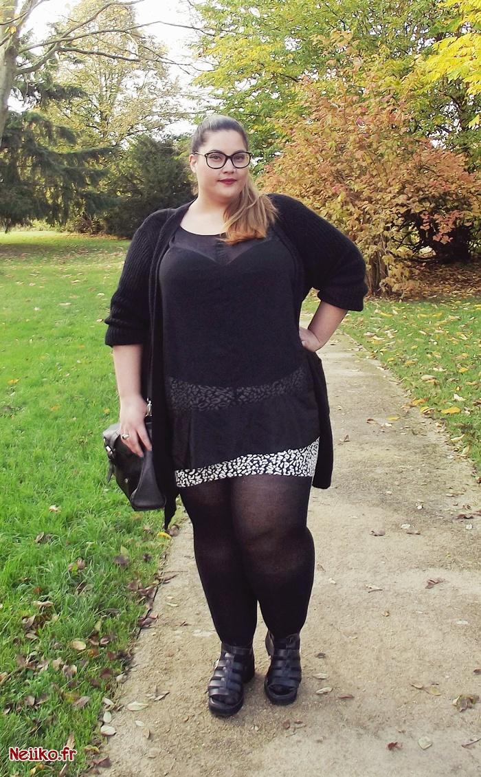 tenue du jour avec une mini jupe grande taille Kiabi